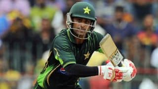 Mohammad Hafeez's century helps Pakistan beat England by 6 wickets in 1st ODI at Abu Dhabi