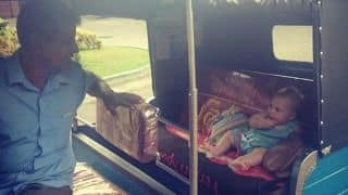 PHOTO: India Jonty Rhodes discovering Sri Lanka in a rickshaw