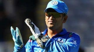 Dhoni wins award for his achievement in sports