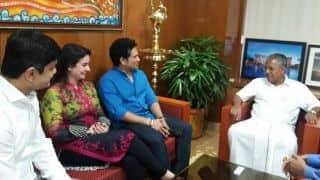 Sachin Tendulkar invites CM Pinarayi Vijayan to Kerala Blasters' opening ISL 2017 match at Kochi