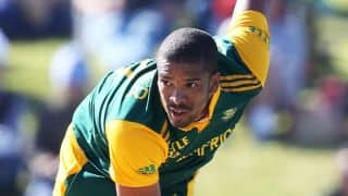 South Africa vs West Indies, 3rd ODI at East London: Vernon Philander gets the openers cheaply