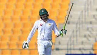आबु धाबी टेस्ट, तीसरा दिन: पाकिस्तान 266/4, अजहर अली डटे