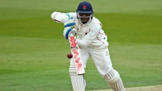 County Championship 2017: Chanderpaul rescues Lancashire