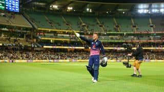 Jason Roy outplays Aaron Finch's belligerence; England go 1-0 up against Australia