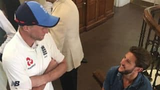 Root, Moeen get surprise visit from LIV's Lallana during ENG-SA Lord's Test