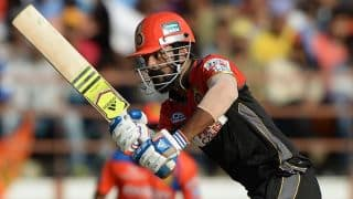 KL Rahul dismissed for 52 by Piyush Chawla against KKR in IPL 2016