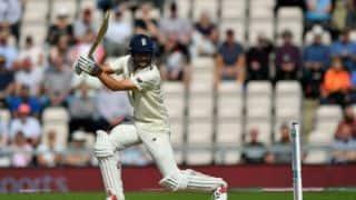 टीम इंडिया ने शानदार गेंदबाजी की: एलिस्टर कुक