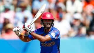जब अफगानिस्तान के बल्लेबाज ने गिरकर भी लगा दिया छक्का