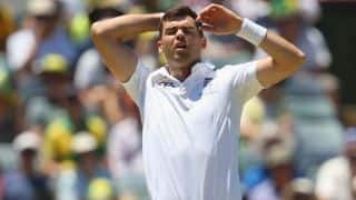 Ashes 2013-14: James Anderson backed by England's bowling coach David Saker