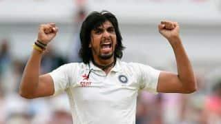 आईपीएल से दूर कांउटी क्रिकेट में धमाल मचा रहे हैं ईशांत, डेब्यू मैच में झटके 5 विकेट