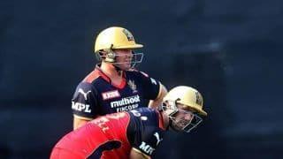 IPL 2021 RCB vs KKR: विराट कोहली ने Glenn Maxwell और AB de Villiers को दिया जीत का श्रेय