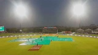 Rain halts South Africa's pursuit of 318-run target