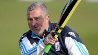 India tour of England 2014: Paul Farbrace vows to fight for victory on Day 5