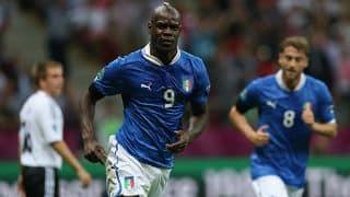 Italy beat England 2-1