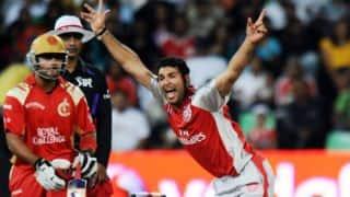 IPL 2009: Yuvraj takes hat-trick, scores 50, but RCB win