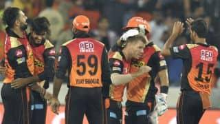आईपीएल 10 के पहले मैच में सनराइजर्स हैदराबाद की बड़ी जीत, रॉयल चैलेंजर्स बैंगलोर को 35 रन से हराया