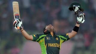 Asia Cup 2014: Umar Akmal thanks teammates for century against Afghanistan