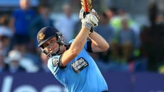 Luke Wright smashes 153 in 66 balls for Sussex Sharks
