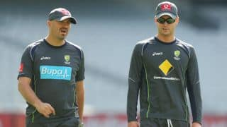 Australia team doctor Peter Brukner, physio Alex Kountouris play crucial role in keeping Clarke, Harris fit