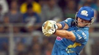 Mike Hussey dismissed by Ravindra Jadeja in Chennai Super Kings vs Mumbai Indians IPL 2014 Eliminator