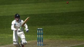 Henry Nicholls, BJ Watling blunt Keshav Maharaj's wizardry; NZ take tea at 160 for 5 vs South Africa, Day 1, 2nd Test