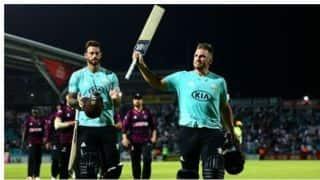 T20 Blast: फिंच के तूफानी शतक से समरसेट के खिलाफ सर्रे को मिली जीत