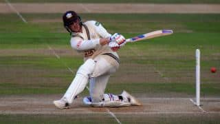 County Championship 2015: Surrey crowned Division Two winners after draw against Leicestershire
