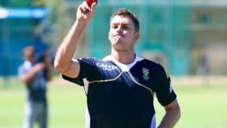 Ryan McLaren defends South Africa's decision to bowl first against Australia