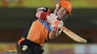 Sunrisers Hyderabad lose David Warner early against Kolkata Knight Riders in IPL 2014