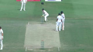 WATCH: Azhar Ali run out in bizarre manner during Pakistan, Australia Test