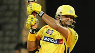 Suresh Raina dismissed for 4 by Nathan Coulter-Nile against Delhi Daredevils in IPL 2015