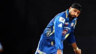 MI vs KXIP, IPL 2015: Harbhajan Singh blames loss of early wickets for defeat