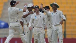 Trent Boult leads New Zealand fightback against Pakistan