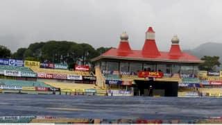 भारत-द.अफ्रीका के बीच खेले जाने वाले टी-20 मैच से पूर्व धर्मशाला में तेज बारिश