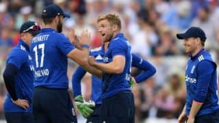 ENG set world record for highest run-chase