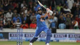 मेरे दो छक्कों से नहीं शमी के ओवर से हमें जीत मिली: रोहित शर्मा