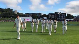 Tim Southee puts Sri Lanka on the ropes