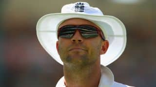 Marcus Trescothick willing to help Jonathan Trott