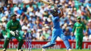 Farokh Engineer bats for India-Pakistan series