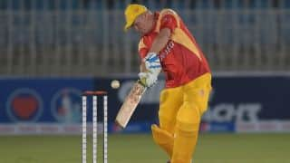 Watch Dean Jones turn the clock with quickfire knock in Islamabad United celebrations match