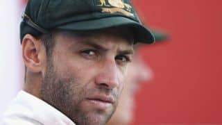 Phil Hughes in critical condition after being struck on the head by a Sean Abbott bouncer in Sheffield Shield match