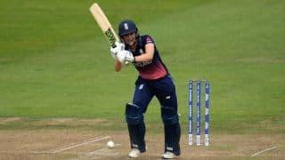 Sarah Taylor announces international retirement citing health concerns