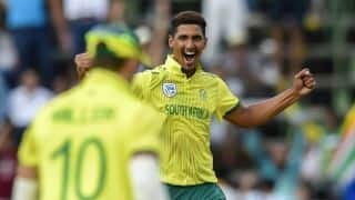 3rd T20I: Beuran Hendricks takes career-best 4/14 as Pakistan post 168/9