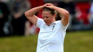 Women's Ashes 2015: England soak in 436 dot balls out of 508 legal deliveries