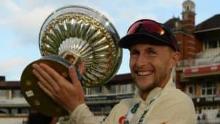 Joe Root signs new three-year Yorkshire contract