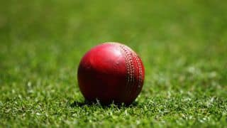 Ranji Trophy 2014-15, Round 7: Sudeep Chaterjee's half-century helps Bengal reach 141 for four on Day one against Uttar Pradesh