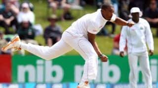 When Shannon Gabriel gets the ball to swing, he is probably like Ian Bishop; Says Courtney Walsh
