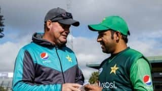 Pakistan head coach Mickey Arthur wants a sports psychologist to work with his players