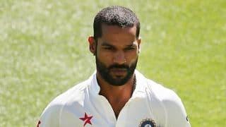 इंदौर टेस्ट से बाहर हो सकते हैं शिखर धवन