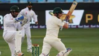 'दुबई की पिच टेस्ट क्रिकेट को मनोरंजक बनाए रखने के लिए सही नहीं'